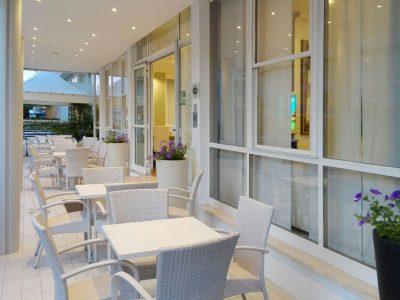hotel-riccione-esterno-veranda-3